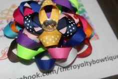 Rainbow loopy flower