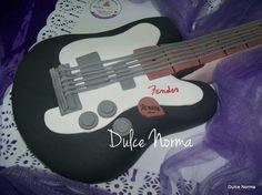 Guitarra Torta tallada a mano