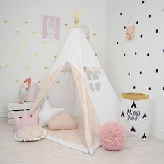 Teepee Set Kids Play Tent Tipi Kid Play Teepee Child Teepee Wigwam Zelt Tente- Soft pink by MamaPotrafi on Etsy https://www.etsy.com/uk/listing/278261580/teepee-set-kids-play-tent-tipi-kid-play