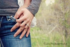 hands / rings / engagement