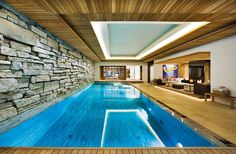 The indoor swimming pool is within a building or home. But now, there is a growing trend for the private sector to include an indoor swimming pool in their home. Small Indoor Pool, Swimming Pools Backyard, Swimming Pool Designs, Lap Pools, Small Pools, Pool Decks, Pool Landscaping, Luxury Swimming Pools, Luxury Pools
