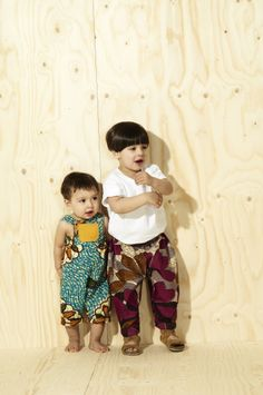 At What Mother Made we offer handmade, vintage inspired and made to order kids clothes. With bold African prints and contrasting ethnic patterns, our range provides the perfect bright summer wardrobe for babies and toddlers Baby African Clothes, African Babies, African Print Clothing, African Children, African Prints, African Street Style, African Style, Toddler Fashion, Kids Fashion