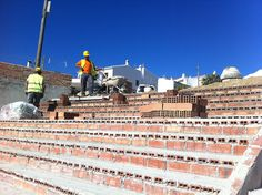 Subvenciones por valor de 1,6 millones de euros para obras de infraestructuras  Se han aprobado también ayudas para un plan de promoción turística de la Axarquía y para actividades de fomento del flamenco.