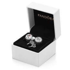 Minnie Mouse Rocks the Dots Gift Set by PANDORA with FREE Scarf - Limited Release