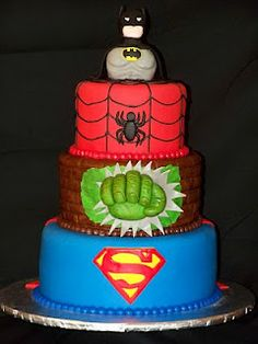 Superhero cake, I know a little boy who would luv this, kind of bothers me though, that they mixed dc comics and marvel characters ;P