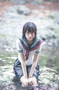 【写真】中学生に見えないタイとドイツのクォーター美少女「らるむ」さんがセーラー服で水遊び - KAI-YOU.net