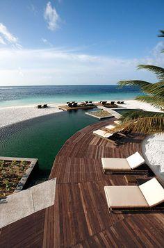 Hotel Constance Moofushi Resort, South Ari Atol, Maldives