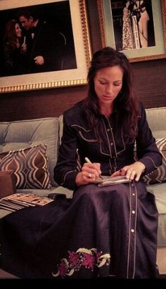 Joey writing just before getting on stage. Gospel Music, Her Music, Joey And Roy, Joey And Rory Feek, Christian Videos, Country Music Singers, Heavens, Music Lovers, Funeral