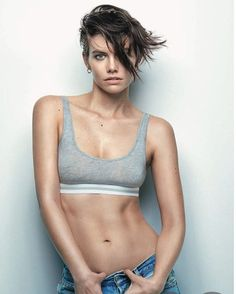 Lauren Cohan on the cover of February's issue of GQMexio