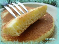 THE pancake recipe, that's it I found it ! - My sweet treats - Dessert - Pfannkuchen Gateau Cake, Desserts With Biscuits, Brunch Party, No Sugar Foods, Sweet Breakfast, World Recipes, Coco, Love Food, Food And Drink