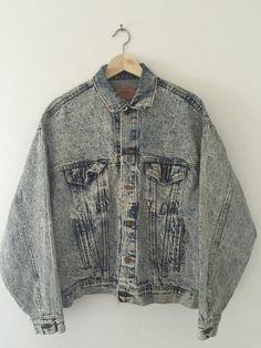 Light Acid Wash Levis Denim 80s Vintage Trucker Jacket -... #CafeMotique #ColoradoSprings #vintagelifestyle #caferacer #vintagemoto