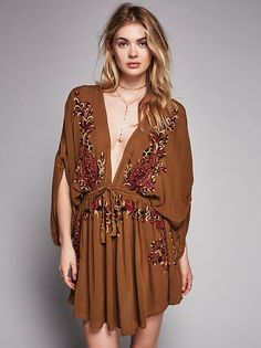 In a lightweight, gauzy fabrication, this vintage-inspired dress features a plunging V-neckline and beautiful floral embroidery Festival Mode, Festival Fashion, Festival Style, Hippie Festival, Bohemian Mode, Bohemian Style, Boho Chic, Moda Boho, Brown Dress