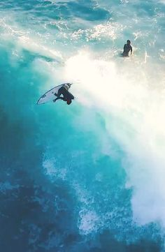 Golden Hour in West Oz - Jay Davies, Sam Tucker, and Matt Wiseman, and five minutes of beautiful drone action