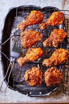 Atomdurva rántott csirke   Street Kitchen Jamie Oliver, Tandoori Chicken, Grilling, Bacon, Food Porn, Food And Drink, Favorite Recipes, Cooking, Ethnic Recipes