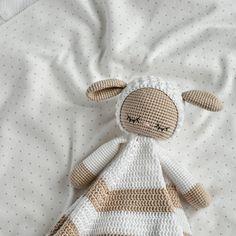 Crochet sheep lovey pattern, Security blanket, Blanket toy, Lamb baby lovey blanket, Amigurumi pattern