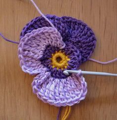 crochet flowers patterns 30 Free Crochet Flower Patterns Knitting Lovers - Free Crochet Flower Patterns consists of a process of creating fabric by interlocking the loops of materials such as yarn or thread used by artists. Crocheted pink pansies in box f Beau Crochet, Knit Or Crochet, Crochet Motif, Irish Crochet, Crochet Crafts, Yarn Crafts, Crochet Projects, Knitted Hat, Knitting Patterns