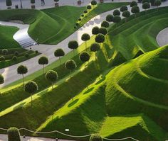 """Mi piace"": 15.5 mila, commenti: 59 - designboom magazine (@designboom) su Instagram: ""a dialogue between #architecture and #nature is apparent in daniel ost's garden. the belgian floral…"""