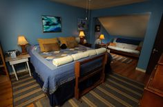 The Blue Ridge Mountain Room in the lodge at Rockcliffe Farm
