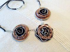 collier trois pièces en capsules cafe http://www.alittlemarket.com/boutique/magie_encapsulee-803147.html