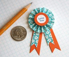 DIY paper medallions | How About Orange :: paper award ribbons