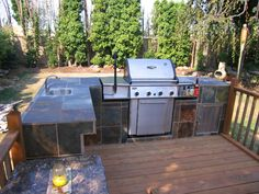 How to Build an Outdoor Kitchen and BBQ Island - Dengarden - Home and Garden Outdoor Cooking Area, Build Outdoor Kitchen, Outdoor Kitchen Countertops, Outdoor Kitchen Design, Outdoor Kitchens, Simple Outdoor Kitchen, Outdoor Spaces, Outdoor Island, Backyard Kitchen