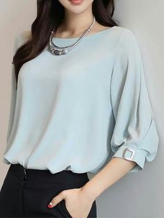 Casual Pastel coloured top with voluminous sleeves:) Formal Blouses, Cute Blouses, Blouses For Women, Shirt Blouses, Girls Fashion Clothes, Fashion Dresses, Bluse Outfit, Sleeves Designs For Dresses, Casual Work Outfits