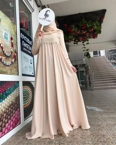 Here is such a Dress we sent today Niqab Fashion, Modern Hijab Fashion, Muslim Fashion, Fashion Dresses, Hijab Gown, Hijab Style Dress, Hijab Chic, Eid Outfits, Abaya Designs