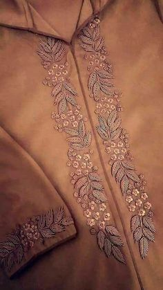 Zardosi Embroidery, Embroidery On Kurtis, Hand Embroidery Dress, Kurti Embroidery Design, Embroidery Neck Designs, Hand Embroidery Videos, Bead Embroidery Patterns, Embroidery On Clothes, Couture Embroidery