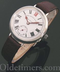 1911 round silver vintage 'Officers' watch (3940)