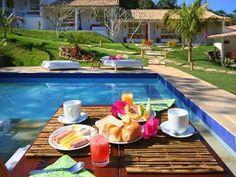 Pousada-Bucaneiro-Buzios-Pool-Breakfast