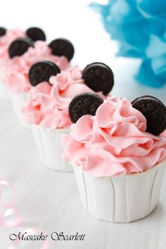Mini Mouse Mini Cupcakes for a Minnie Mouse Birthday Party