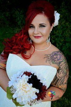glamorous bride, stunning, classic beauty, wedding photography
