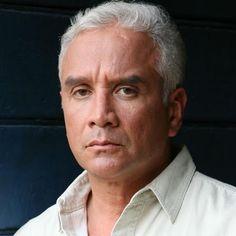 Aroldo Betancourt es un actor venezolano. Ha participado en el teatro y en telenovelas de RCTV como de Venevisión.