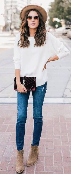 perfect summer casual style outfit hat + white top + skinnies