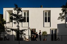 Gallery of Guesthouse in Lisbon / Pedro Domingos Arquitectos - 4