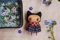 Mirianata - Black eared kitty girl