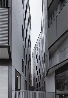 OAB – Ferrater & Asociados, Lucia Ferrater, Xavier Martí Galí, Aleix Bagué · Edificio en Plaza Lesseps