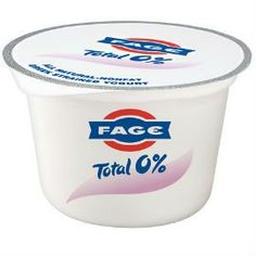 Some manufacturers cram as much sugar and additives into yogurt as they do candy bars. We reveal the best yogurt brands for health and weight loss. Best Greek Yogurt, Fage Greek Yogurt, Yummy Yogurt, Best Yogurt Brands, Dieta Hcg, Portable Snacks, Hcg Diet Recipes, Eating For Weightloss, Healthy Eating Tips