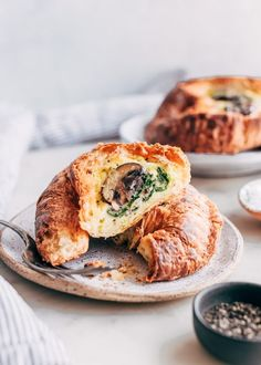 Make ahead breakfast croissant boats you can customize for your own taste! These croissant boats are the perfect grab and go option for busy mornings. Make Ahead Breakfast, Breakfast Bake, Breakfast Casserole, Breakfast Croissant, Breakfast Club, Breakfast Ideas, Breakfast Recipes, Tabbouleh Salad, Couscous Salad