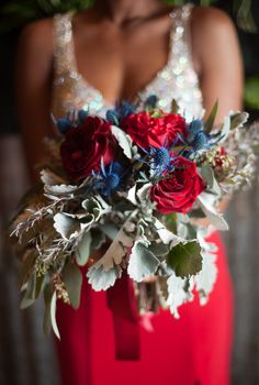 How to Create an Urban Glam Wedding {Styled Shoot} in Red and Dusty Blue