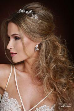 Penteado de noiva - cabelo meio preso com tiara ( Beleza: Jr Mendes | Tiara e…