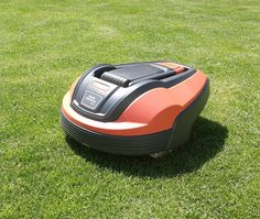 Flymo 1200R Review And Guide (After One Year Of Use) - My Robot Mower I Robot, Use Me, First Year, Lawn Mower, Therapy, Lawn Edger, Grass Cutter, Counseling