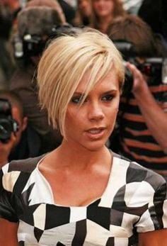 Victoria Beckham Inverted Layered Bob Blonde