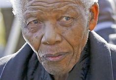 Lausitzer Rundschau/ Nachrichten/ 27.Juni 2013/ Südafrikaner beten für ihren Nationalhelden/ Nelson Mandelas Leben hängt an lebenserhaltenden Apparaten / Ärzte beraten mit Familie / Streicht US-Präsident Obama Staatsbesuch?/ http://www.lr-online.de/nachrichten/Tagesthemen-Suedafrikaner-beten-fuer-ihren-Nationalhelden;art1065,4252588
