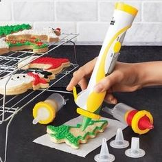 so awesome. no more cramping frosting bag hands. For the cookie lovers