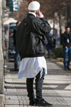 2017-18年秋冬ベルリン・ファッション・ウイークの会場から最新のストリート・スナップをお届け。