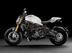Ducati Monster 1200 S (1)