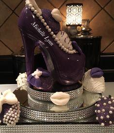 Chocolate Covered Pineapple, Chocolate Covered Treats, Chocolate Work, Chocolate Molds, Chocolate Cakes, Wedding Reception Food, Shoe Cakes, Angel Cake, Valentine Cake