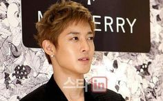 KHJ 2011 / SINGS *IF YOU ARE LIKE ME*