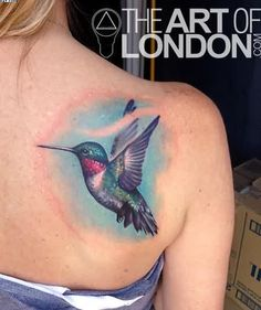 Vibrant Hummingbird Tattoo On Back Shoulder